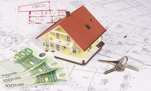 Wer eine Immobilie bauen oder kaufen möchte, benötigt eine solide Finanzierung. © Franz Pfluegl – Fotolia