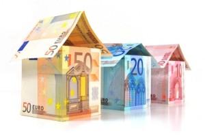 Tipp-Provision. Sie kennen jemanden der seine Immobilie verkaufen möchte? © svort – Fotolia