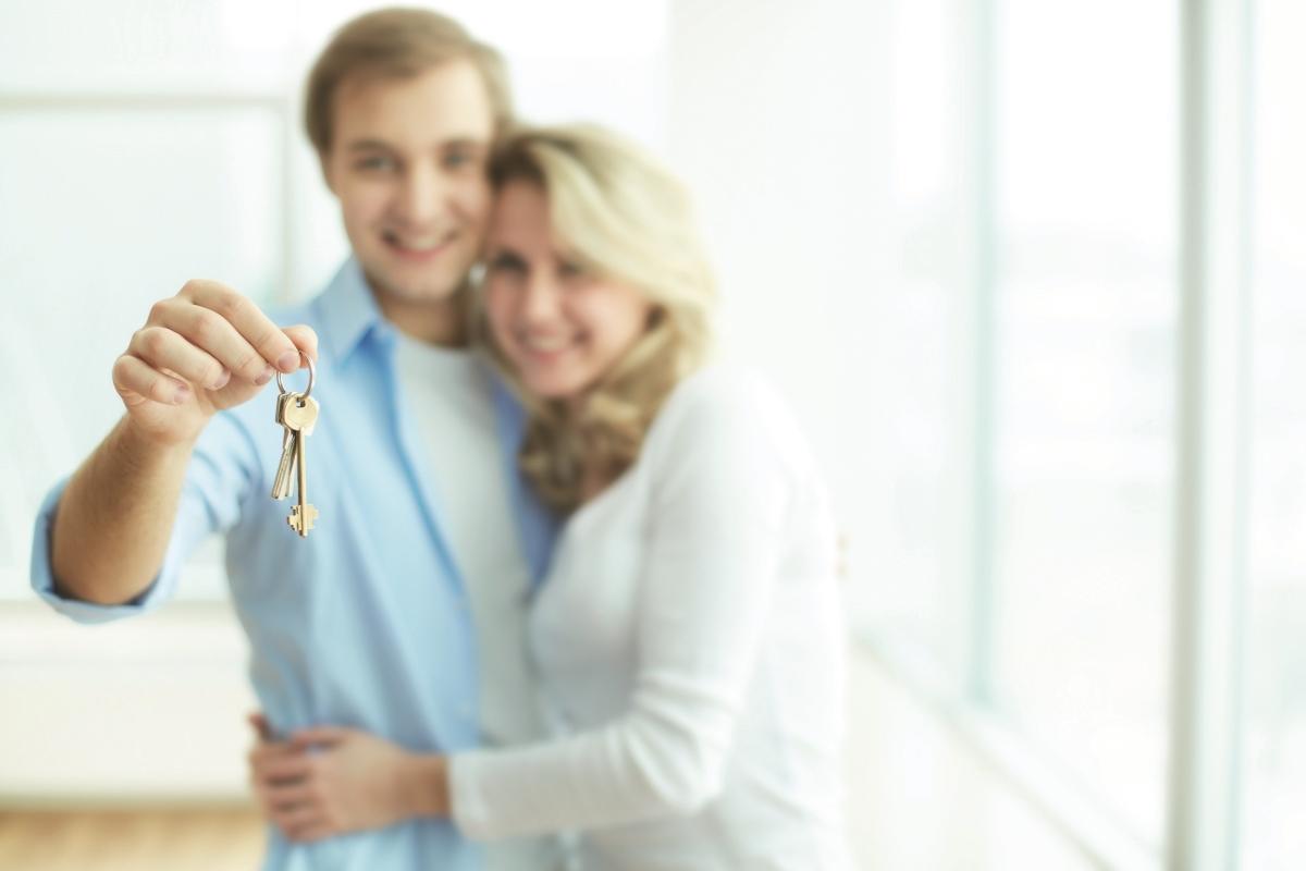 immobilien kaufen und vermieten wohnen auf zeit in berlin in eigentumswohnung einzelne. Black Bedroom Furniture Sets. Home Design Ideas