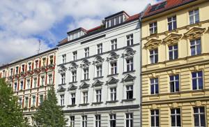 Investments in Berliner Mehrfamilienhäuser, Wohnungspakete bis hin zu Wohn- und Geschäftshäuser sowie Gewerbeimmobilien © Friedberg – Fotolia