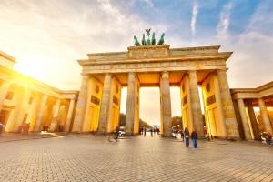Mit Makler Ihre Wohnung in Berlin zum bestmöglichen Preis schnell verkaufen © sborisov – Fotolia